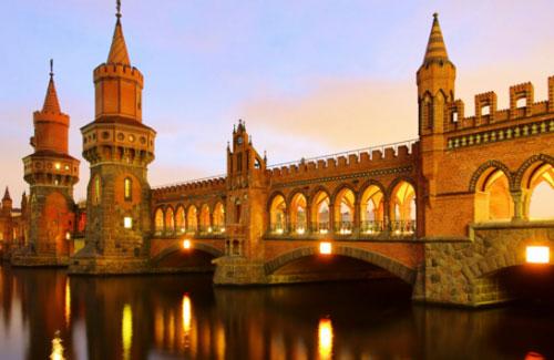 berlin-art-tour-jeffrey-boone